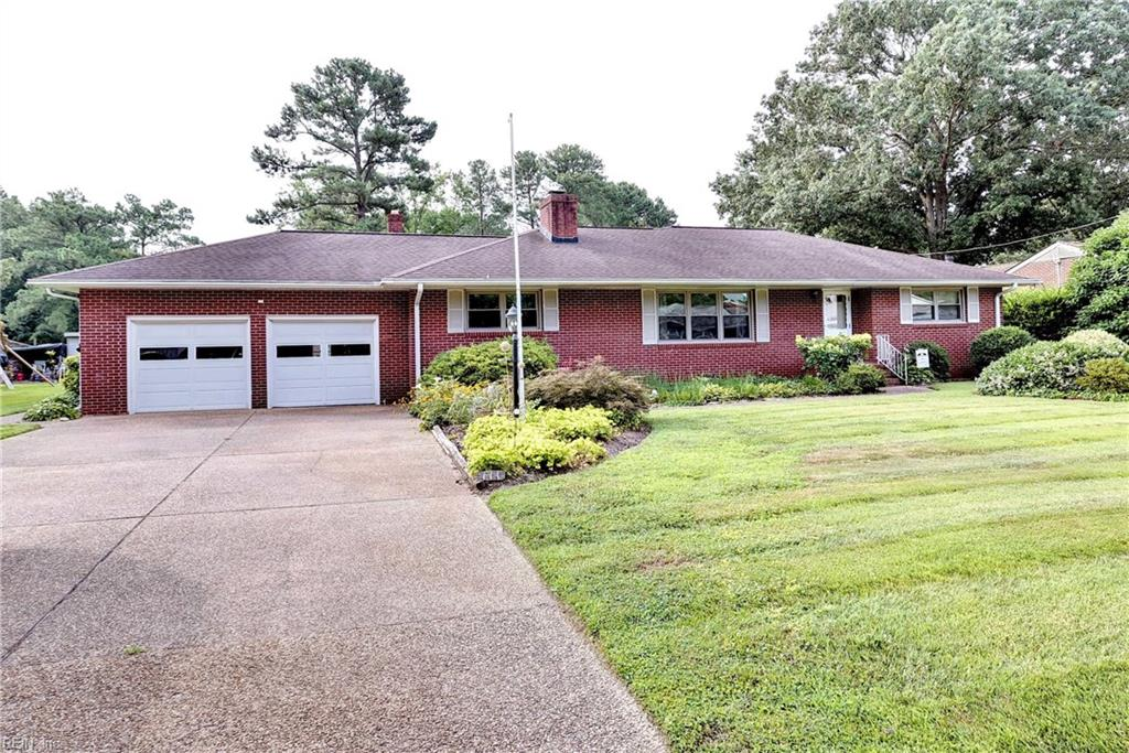 111 Cove DR, Seaford, Virginia