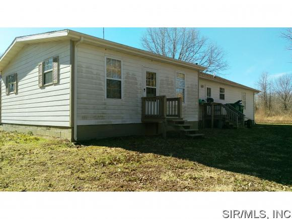 325 Linden Street, Carlyle, IL, 62231: Photo 16