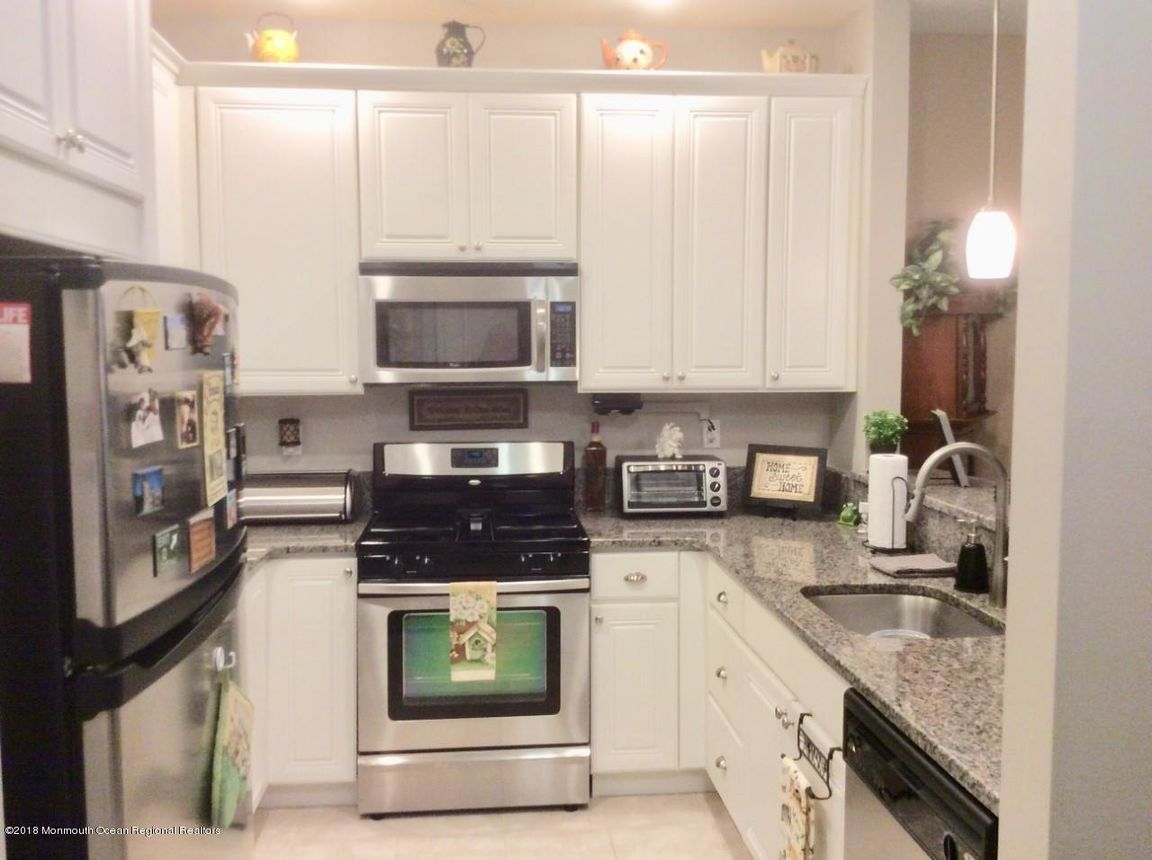 725 AMY COURT Lakewood Township NJ 08701 id-1274909 homes for sale